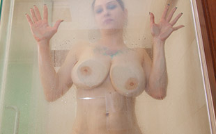 Cosmid.net Jenniques Shower Boobs  [IMAGESET Highres] PORN RIP
