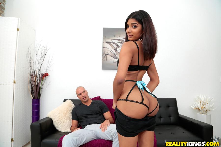 Realitykings 8th Street Latinas Katalina Mills in Pretty In Panties  [SITERIP Rk.com 720p wmv] PORN RIP