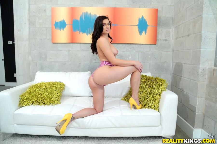 Realitykings Monster Curves Kymberlee Anne in Dat Ass  [SITERIP Rk.com 720p wmv] PORN RIP