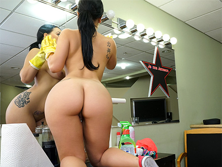Bangbros My Dirty Maid Thick Latina Maid Enjoys First Day Dec 22, 2016 ### SITERIP 720p Mp4 ### PORN RIP