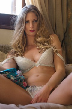 Girlfolio Blondes  IMAGESET RIP PORN RIP