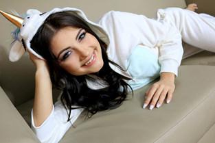 MOFOS Adria Rae - GF Swallows Jizz On Date Night  MOFO NETWORK SITERIP 720p mp4 PORN RIP