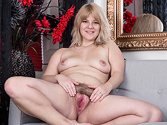WeareHairy Jodie Dallas Jodie Dallas strips naked on her grey couch  [FULL PICSET Highres WEBRIP] PORN RIP