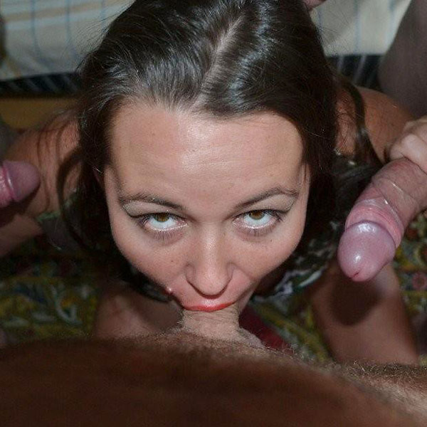 Wifebucket Chubby wife hosts gangbang parties  Videoclip Milf Clip PORN RIP