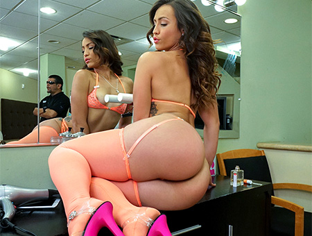 Bangbros Ass Parade Kelsi Monroe and Her Big Ass Please A Fan Feb 27, 2017 ### SITERIP 720p Mp4 ### PORN RIP