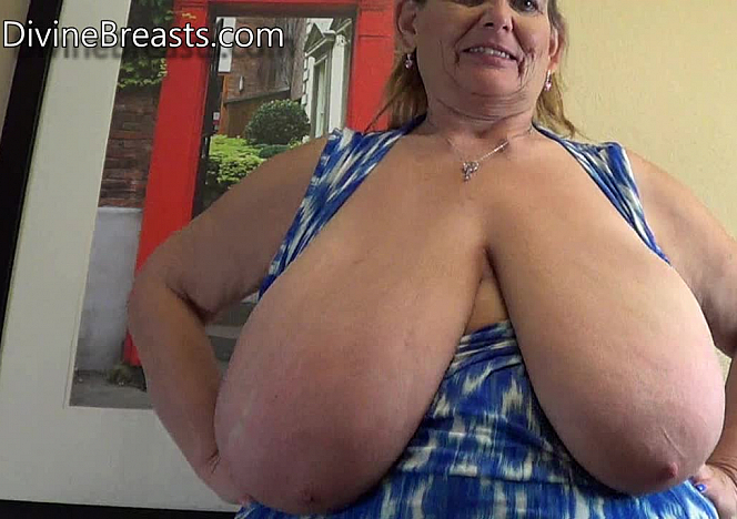 DivineBreasts Sarah Natural Juicy Big Tits  SITERIP BBW.XXX Divinebreasts PORN RIP