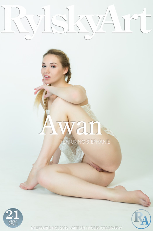 Rylskyart Stephanie in Awan 16.04.2017 [IMAGESET FULLHD SITERIP] PORN RIP