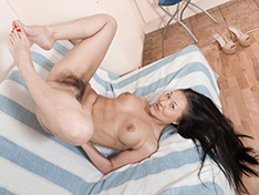 WeareHairy Vanessa Vaughn Vanessa Vaughn strips naked in her kitchen  [FULL PICSET Highres WEBRIP] PORN RIP