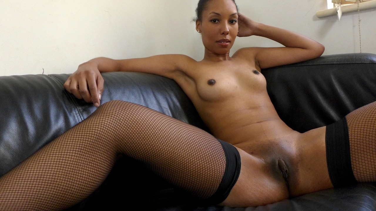 Pascals Subsluts Sade: would prefer to be naked all day  Video H.264 PORN RIP