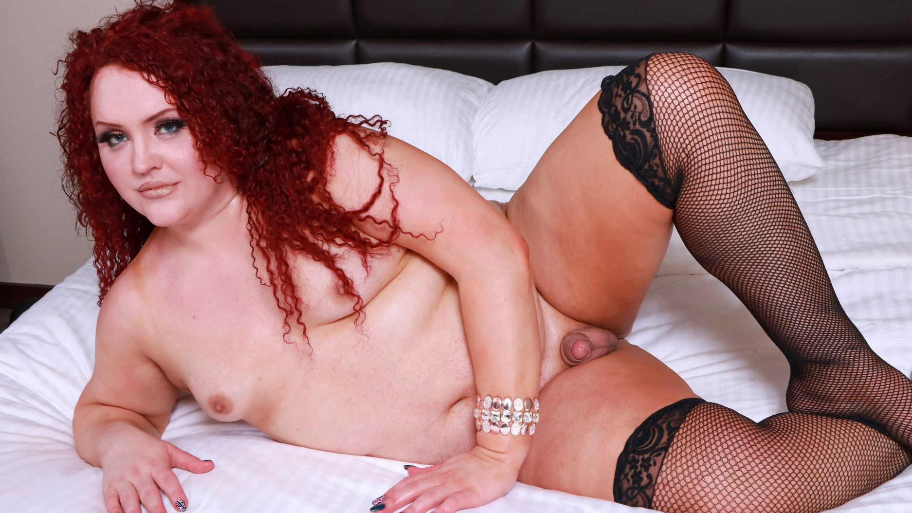 ShemaleYum Curvy Redhead Nathalie Presley! Added  18th May 2017 Tranny XXX Siterip PORN RIP