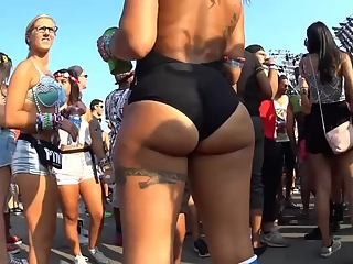 YourVoyeurVideos  Tattooed chick with nice ass PaysiteRip VoyeurXXX PORN RIP