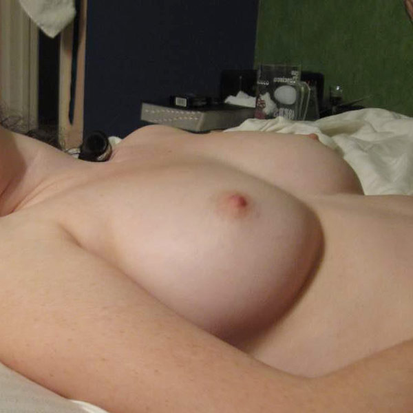Wifebucket Hot nudes from this bride's honeymoon  Videoclip Milf Clip PORN RIP
