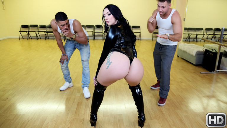 Realitykings Monster Curves Mandy Muse Got Back - Mandy Muse  [SITERIP Realitykings.com 720p MP4] PORN RIP
