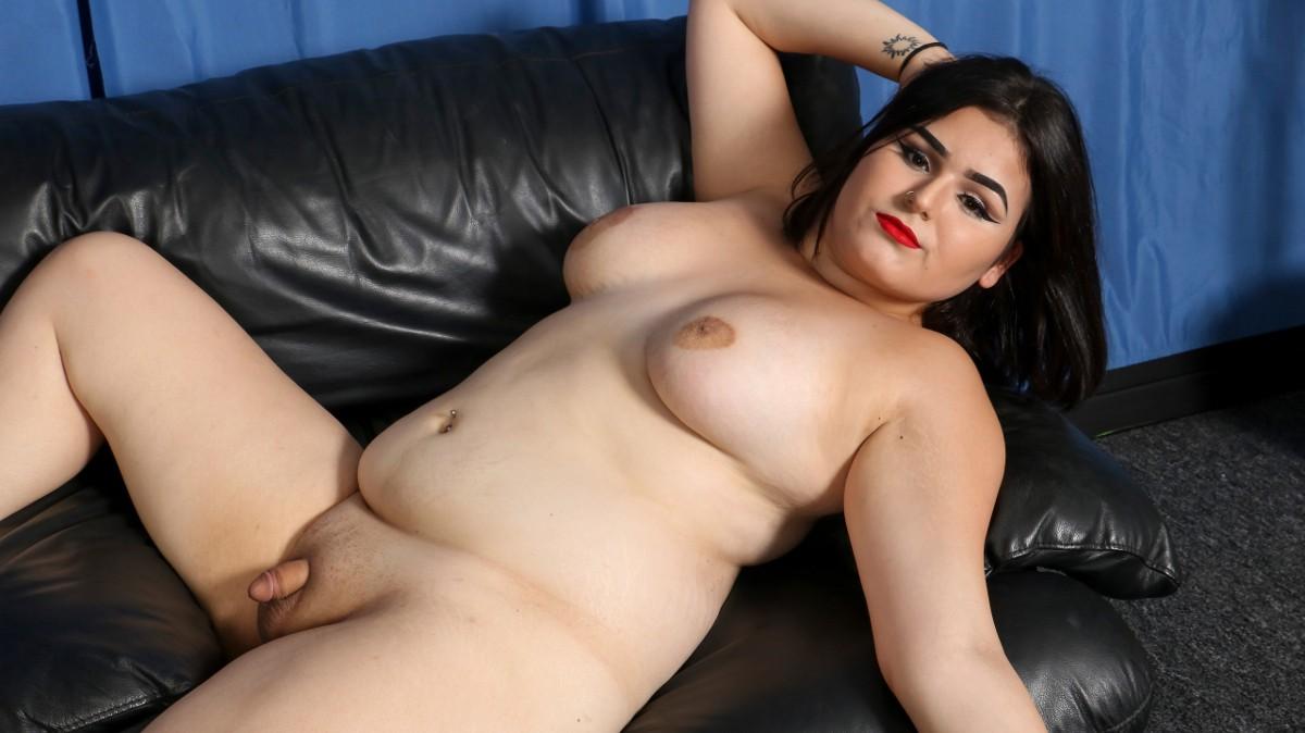 ShemaleYum Veronica Cakes' Climax!  Tranny XXX Siterip WEB-DL