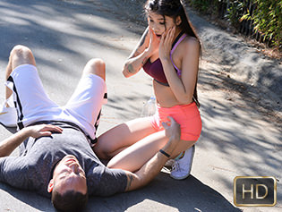 TeamSkeet Brenna Sparks in Warm Up My Cock - The Real Workout  [SITERIP XXX mp4 1080p HD] WEB-DL