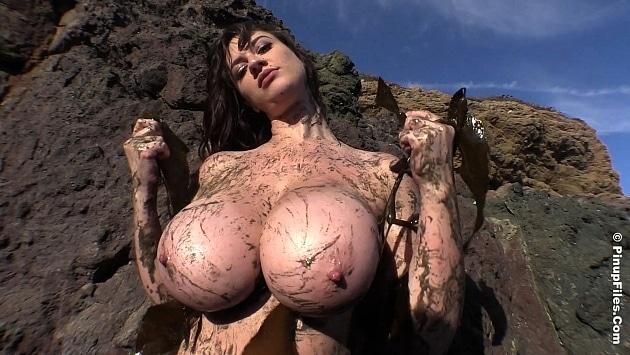 Pinupfiles Lana Kendrick - Muddy Mermaid 2  Siterip Video WEB-DL