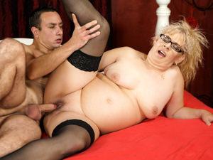 21sextreme Elza in Naughty Grannys Sexual Pleasures  Siterip 1080p h.264 Video FameNetwork PORN RIP
