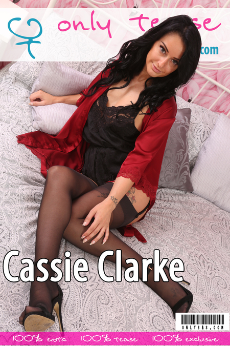 Only-Opaques Cassie Clarke Tuesday, 5 December  [IMAGESet Siterip Onlyallsites] PORN RIP