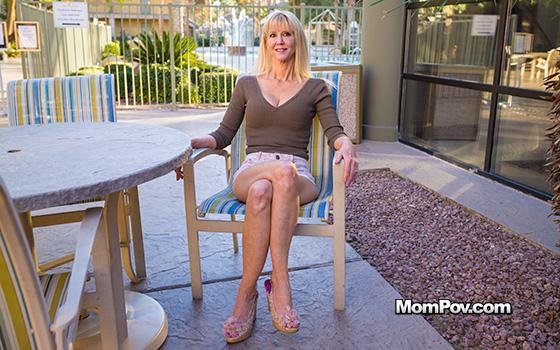 MomPov Busty blonde cougar does first porn Mar [SITERIP XXX ] WEB-DL